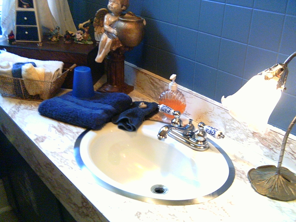Home Decorating: Bathroom On A Budget – SEE HOW